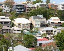 Siết quy định cá nhân mua đất ở nước ngoài để định cư