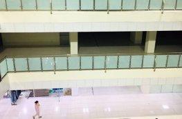 Ế ẩm trung tâm thương mại ven Hà Nội
