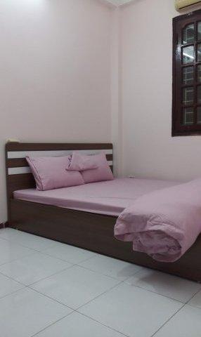 Cho thuê nhà 3 tầng 4 ngủ ở 575 Kim Mã