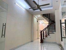Bán Nhà Minh Khai Quận Hai Bà Trưng. Nhà Đẹp 39m x5 Tầng Với 8 Phòng, Giá 5.9 Tỷ.